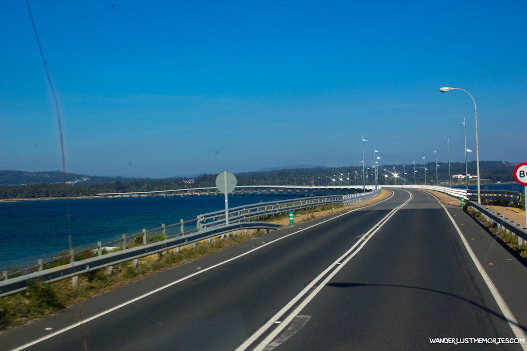 illa de aorusa carretera
