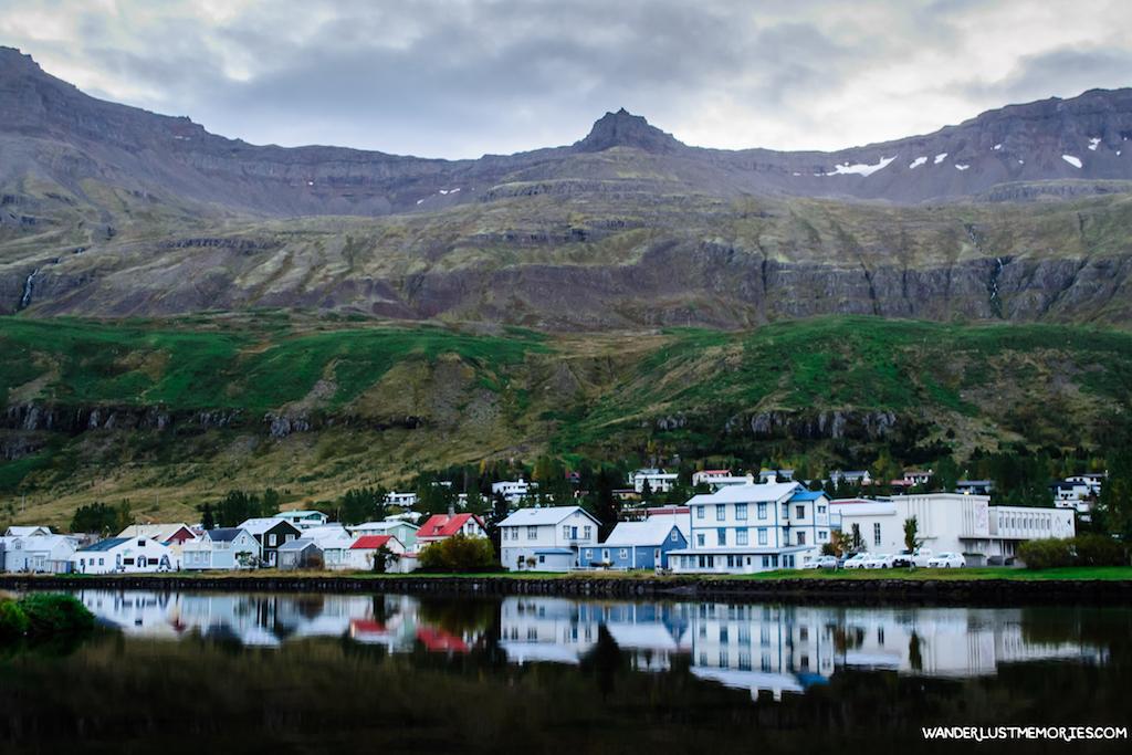 20 lugares únicos de Islandia pueblo