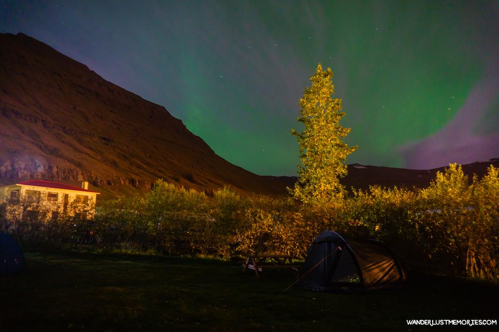 aurora boreal en islandia camping